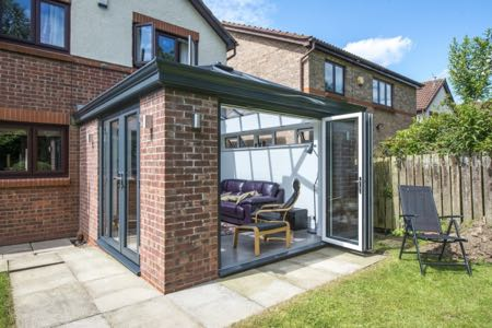 uPVC and Aluminium Bifold Doors from Tradeframe.com